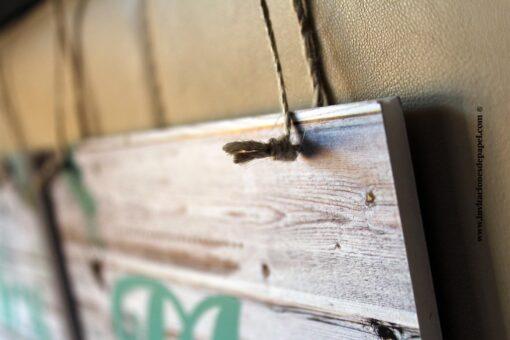 Detalle de la cuerda para colgar los carteles Sr & Sra rusticos