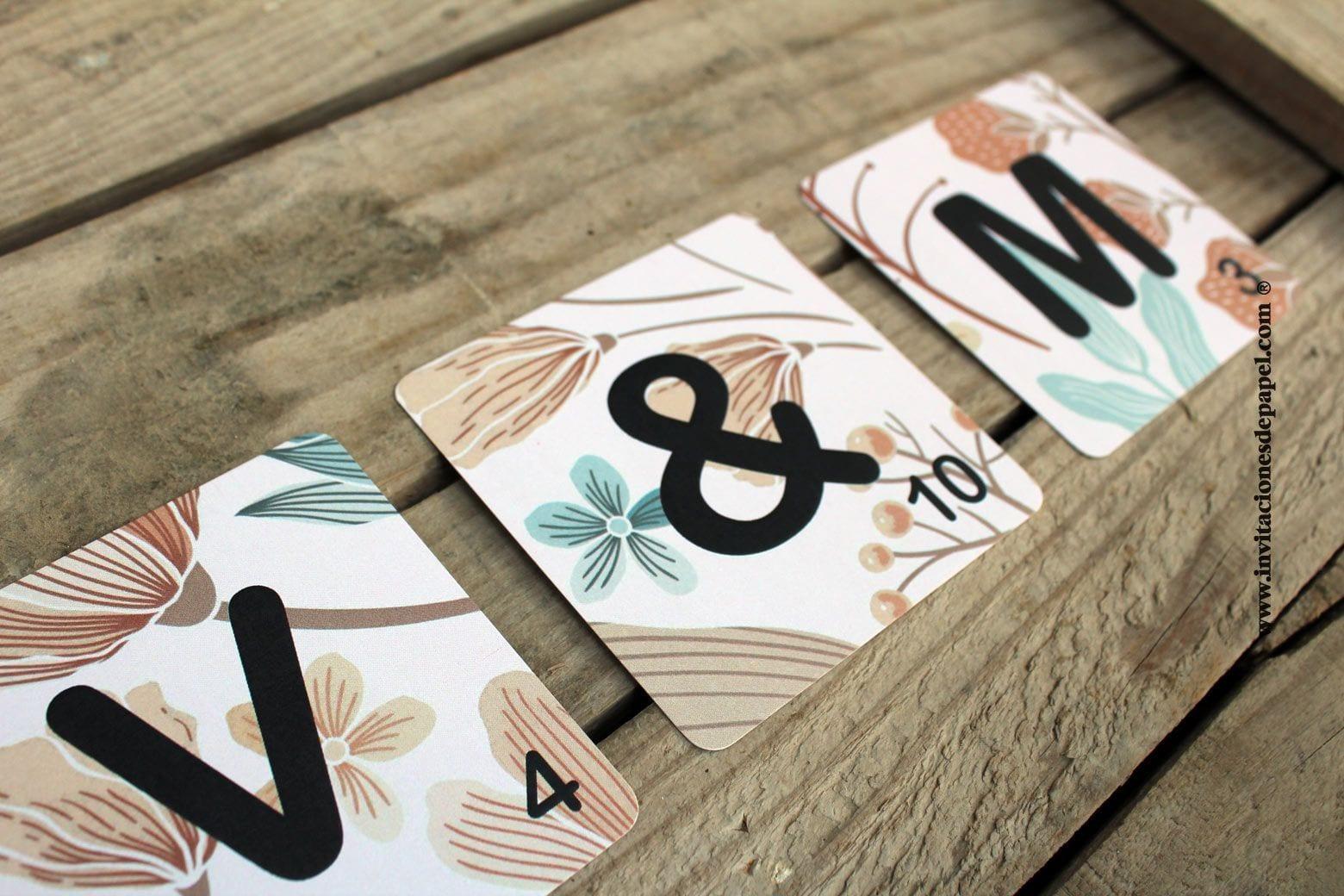 Letras Scrabble - Iniciales de los novios