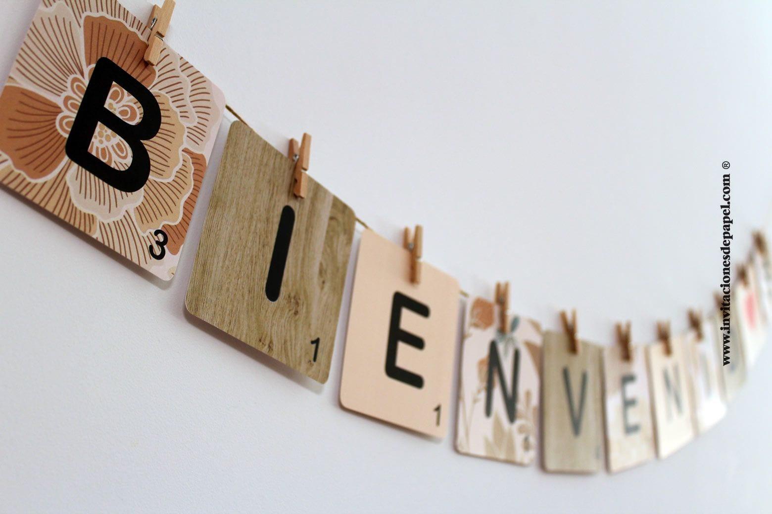 Cartel de Bienvenida para Decoracion de Boda con letras de scrabble con fondo