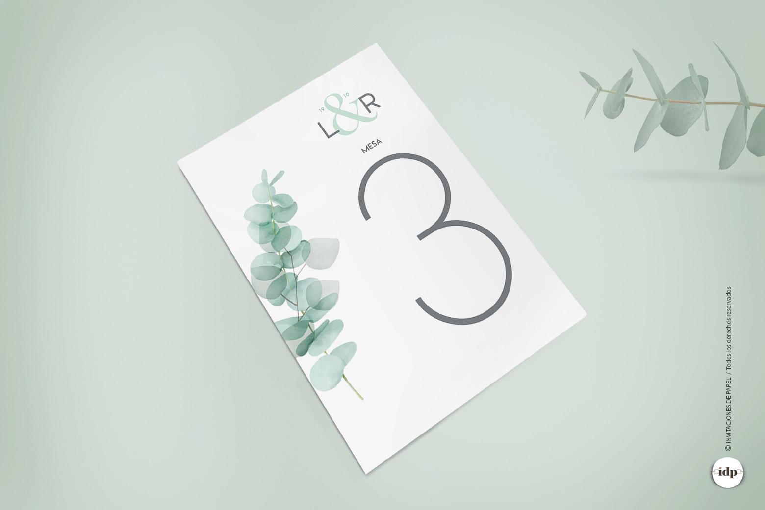 Numero de la Mesa de Boda Sencillo con Hojas Verdes en Acuarela de Eucaliptpo
