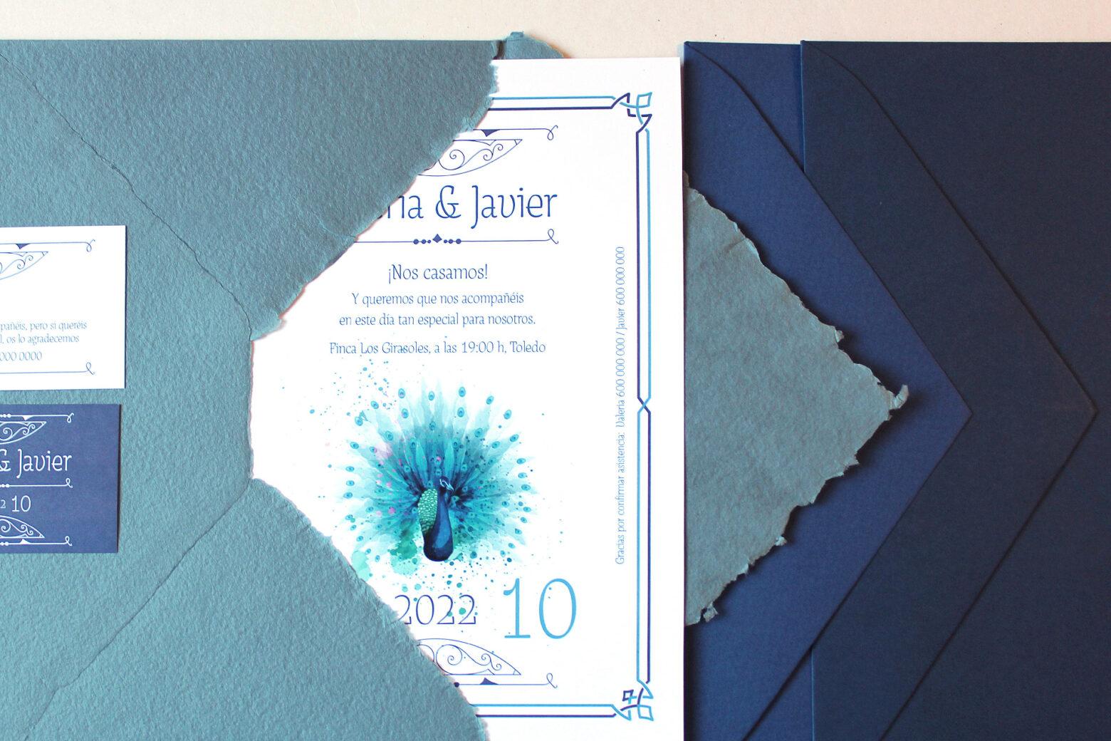 Invitacion de Boda Tipo Años 20 con Dibujo en Acuarela de Pavo Real en Azul -royal